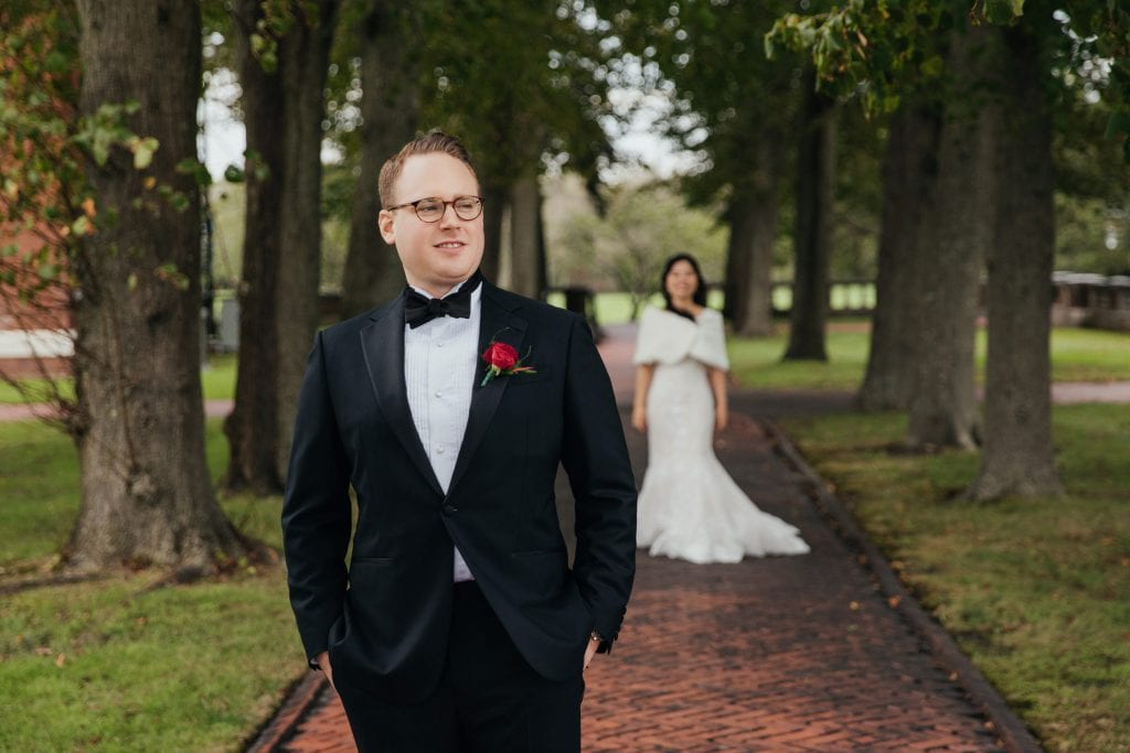 A first look session of a bride and a groom at Boune Mansion, Oakdale, Long Island, New York