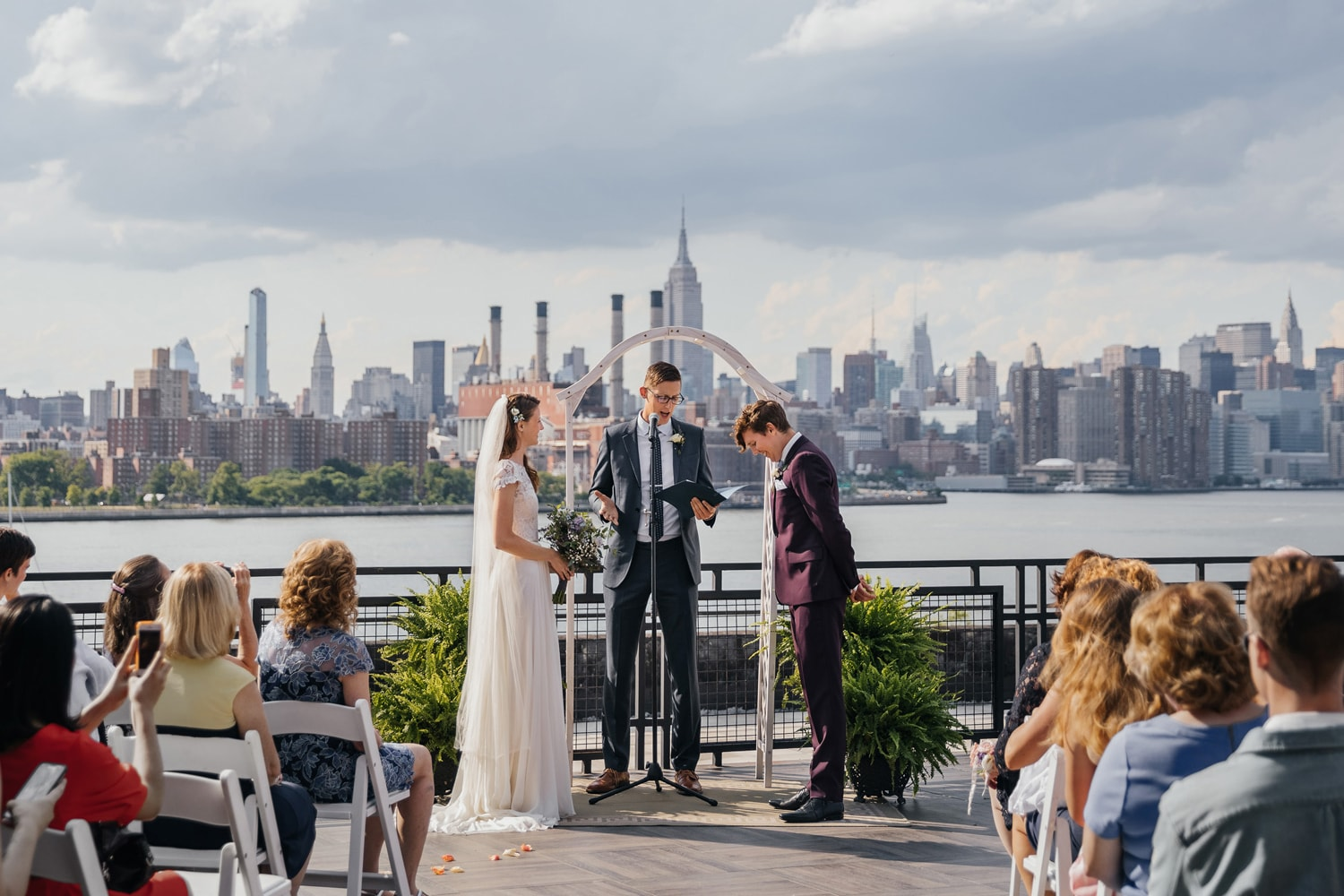 A rooftop wedding ceremony at the W Loft in Brooklyn